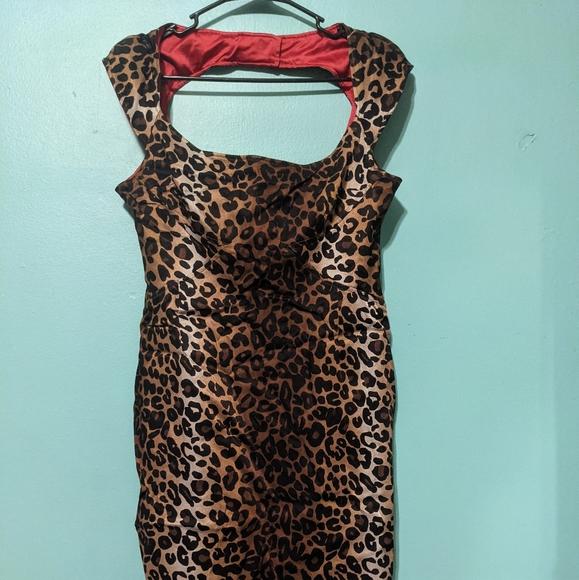 Jessica Simpson leopard body con dress